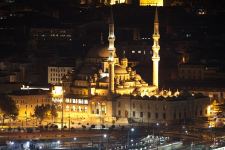 cami: New Mosque at Night Yeni Cami. Istanbul, Turkey Stock Photo