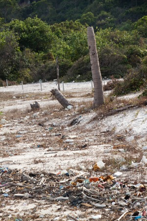 ecological problem: Spontaneous garbage dump on a beach in Vietnam Stock Photo