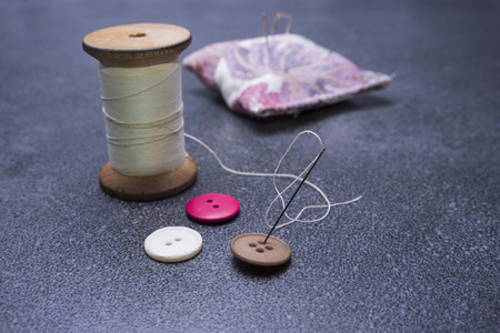 Three buttons ready to use with old thread