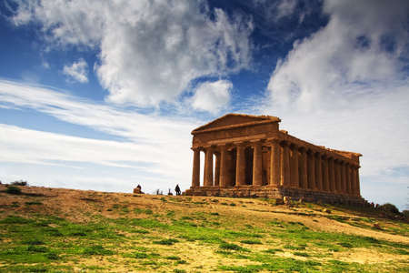 extraordinary: Extraordinary greek temple in the Valley of the Temples in Agrigento - Sicily Stock Photo