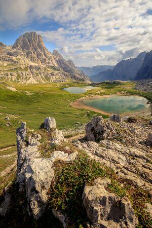 Colorful summer morning in Italy Alps, Lake at Tre Cime Di Lavaredo, Dolomites, Europe. Stockfoto