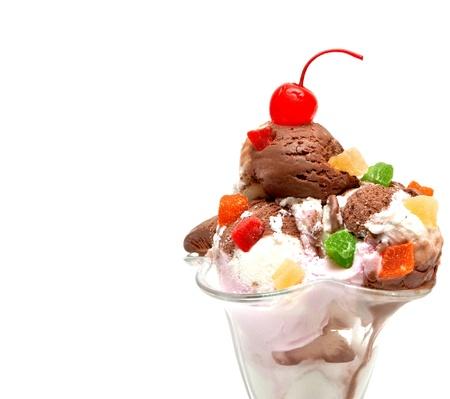 白い背景で隔離のアイスクリーム 写真素材