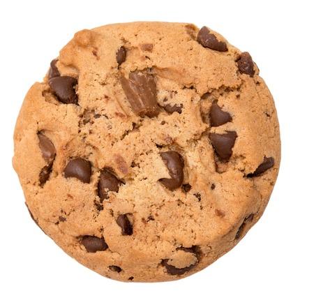chocolate cookie: Galletas de chispas de chocolate aisladas sobre fondo blanco