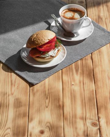 Coffee and sandwich, a delicious healthy breakfast Banco de Imagens