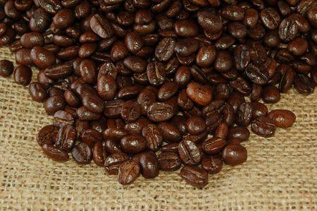 sackcloth: Coffee grains on a hessian Stock Photo