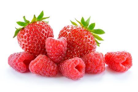 달콤한 딸기와 달콤한 딸기의 힙은 흰색 배경에 고립입니다. 여름 건강 식품 개념 스톡 콘텐츠 - 41696351
