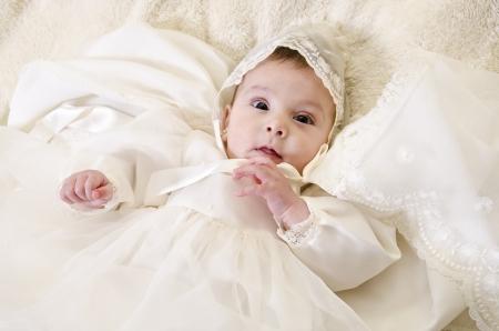 의식 침례 옷 작은 아기