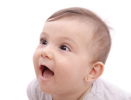 Carino bambino sorridente volto ritratto su bianco
