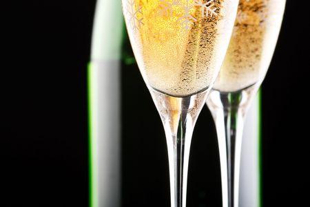 brindis champan: Champ�n en vasos