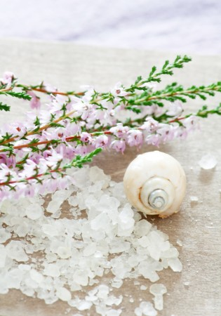 honey calluna with sea salt  photo