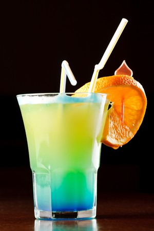 aperitive: Summer drink decorated with a slice of orange