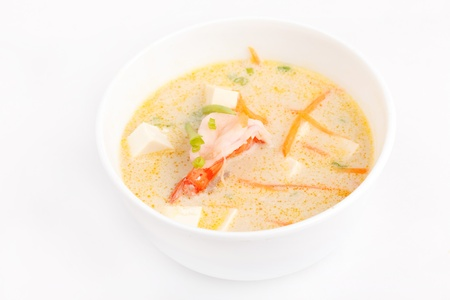 ch: Soup made from coconut milk and shrimps