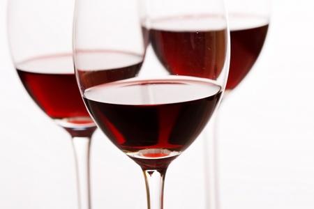 tannin: glasses of red wine