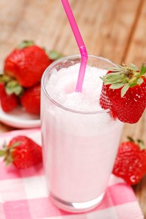 blend: strawberry smoothie