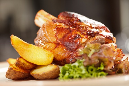 knuckle: roasted pork knuckle with potatoes