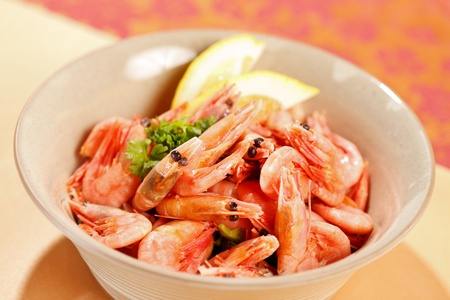 shrimps with lemon photo