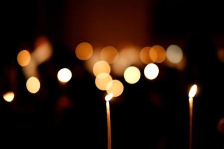 velas de navidad: velas encendidas