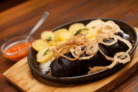 Blutwurst mit Kartoffeln Standard-Bild