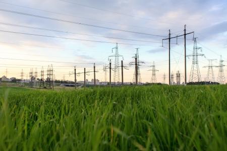 electricidad industrial: Torre de alta tensi�n