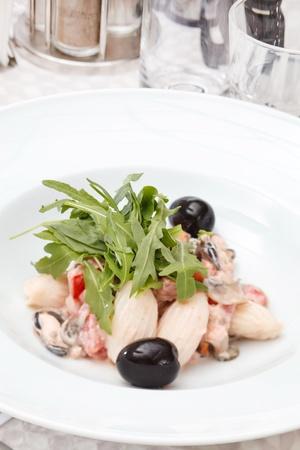 rocket lettuce: seafood salad