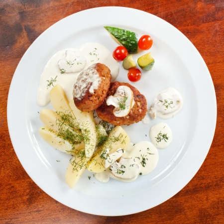 cutlets with fresh vegetables Stock Photo - 15531923