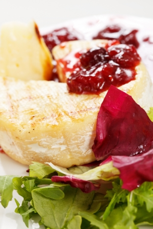 husk tomato: Camembert with cherry sauce