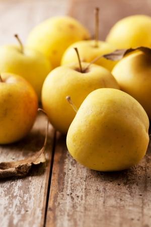 sweet segments: green apples