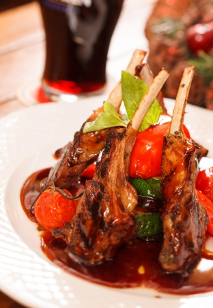 drink and food: Roasted lamb ribs