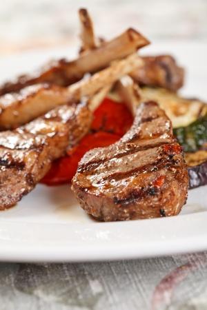 pork rib: Costole di carne alla griglia