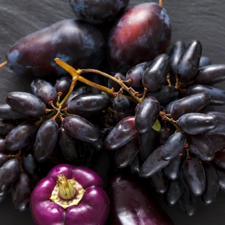 piperaceae: purple fruits and vegetables