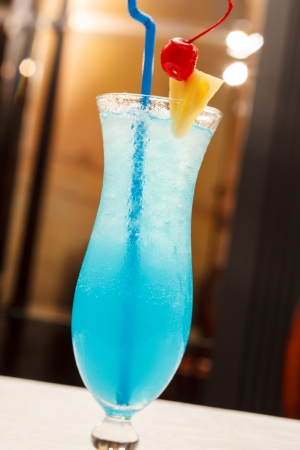 cocktail drinks: Blue Lagoon cocktail