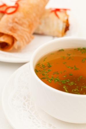 water thyme: sopa con pan Fillo peluche