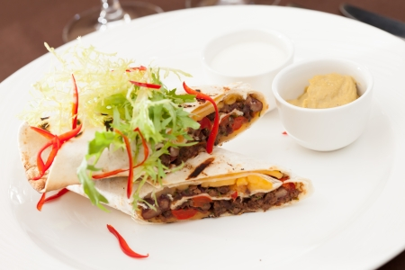 s�ndwich de kebab de carne photo