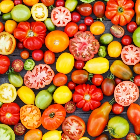 vine pear: colorful tomatoes