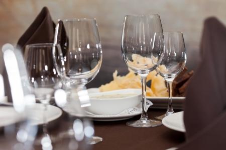 decoracion mesas: Mesas de comida Foto de archivo