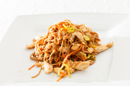 beansprouts: noodle with chicken