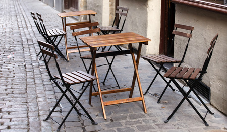 outdoor cafe photo