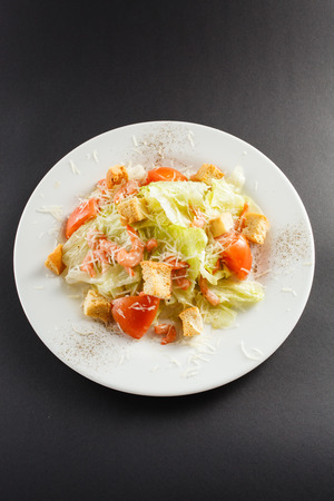 caesar salad: Caesar salad with shrimps