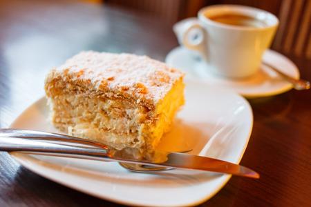 rebanada de pastel: café con torta