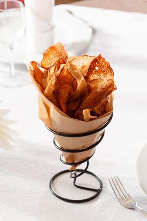 mini oven: bread chips