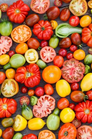 tomate cherry: tomates coloridos Foto de archivo