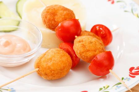 pure de papa: bolas de pollo con pur� de patatas