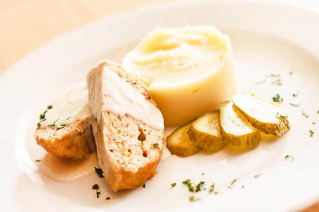 pure de papa: carne con puré de patatas Foto de archivo