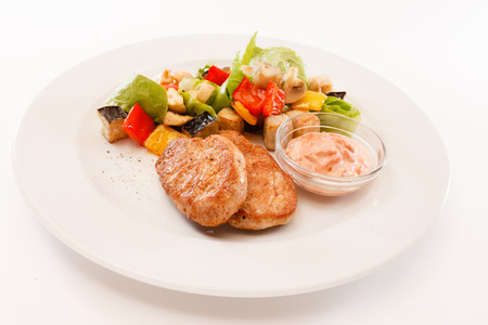 oiled: cutlets with vegetables