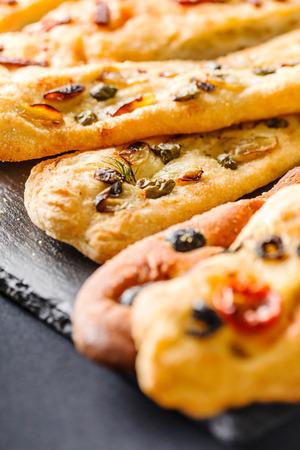 focaccia: focaccia bread