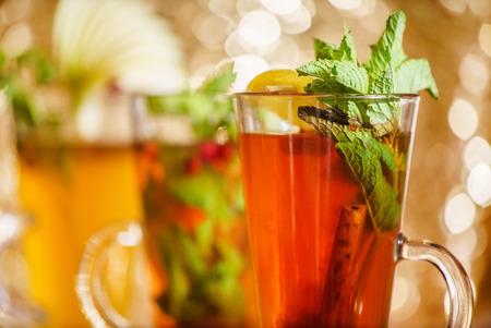 verre de jus d orange: cocktail de vacances Banque d'images