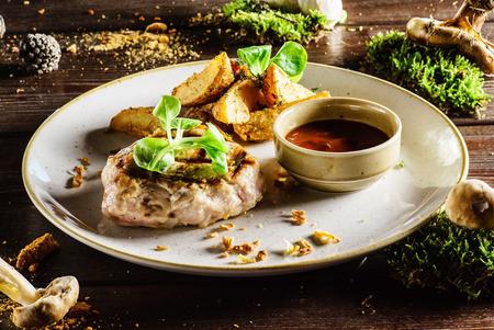 grilled potato: steak with potato