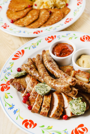 griller: mixed meat