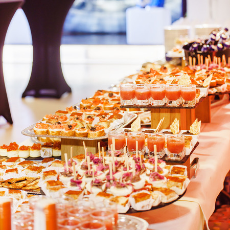catering food: catering food
