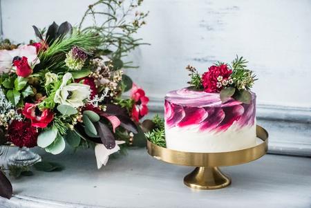 wedding food: wedding cake